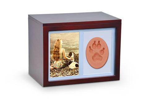 Lasting Memories Urn Box Image