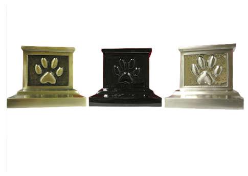 Roman Paw Print Urn Image