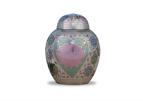 Lotus Heart Urn Image